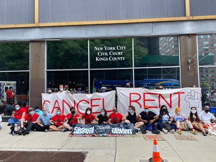 Cancel Rent protest outside New York's Civil Court in Brooklyn. Photo: Aaron Costa @aaroncino